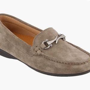 Women's Taos Bit Moc Suede Loafer Grey Suede 9